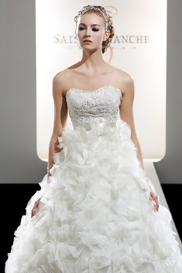 Saison Blanche Saison Blanche 4204 Wedding Dress