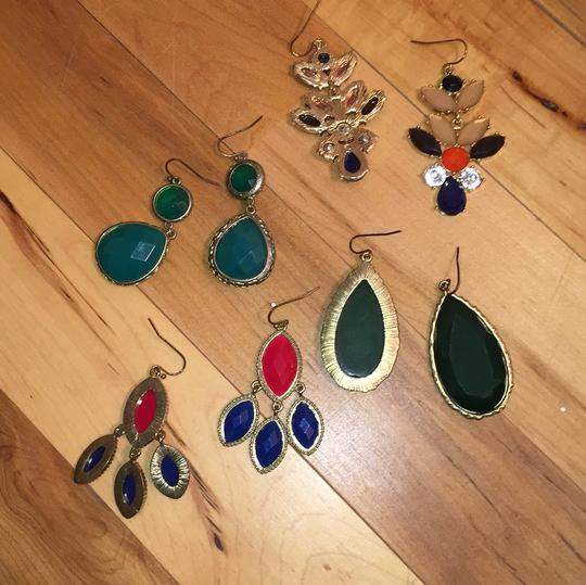 No Name Brand four pairs of earrings