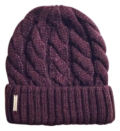 Preload https://img-static.tradesy.com/item/22706548/soia-and-kyo-merlot-cable-knit-beanie-hat-0-1-540-540.jpg
