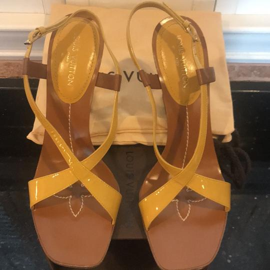 Louis Vuitton Ochre and White Wedges