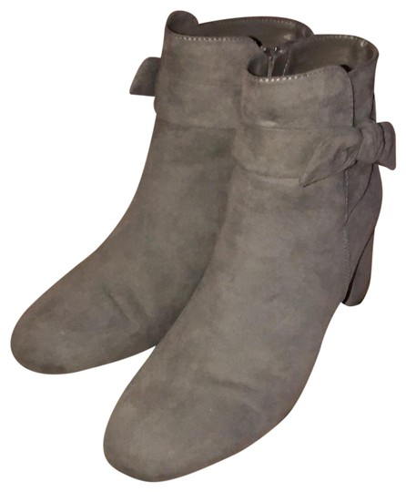 Preload https://img-static.tradesy.com/item/22708042/kelly-and-katie-grey-and-suede-bootsbooties-size-us-85-regular-m-b-0-1-540-540.jpg