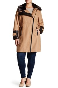 Via Spiga Faux Fur Camel Plus Size Coat