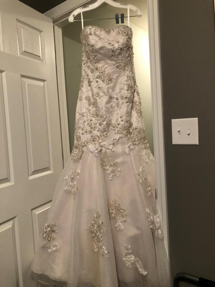 Allure Bridals Ivory / Silver Lace Gown Vintage Wedding Dress Size ...
