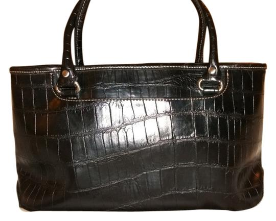 Preload https://item2.tradesy.com/images/relic-black-faux-croc-tote-2271006-0-0.jpg?width=440&height=440