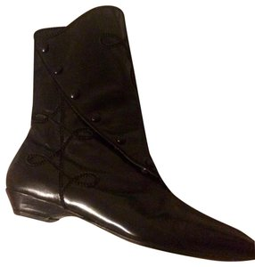 Susan Bennis/Warren Edwards Black Boots