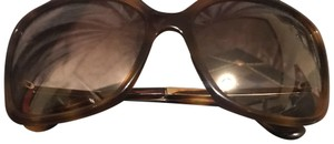 Marc by Marc Jacobs Marc By Marc Jacobs MMJ 425/S is a Plastic Full Rim frame for Women. This X-Large size frame features a Rectangular shape.