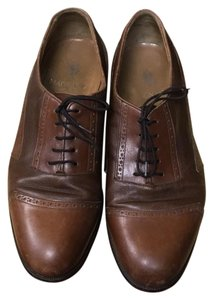 Magnanni brown leather Flats
