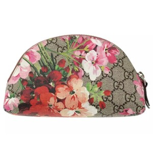 Gucci Clutch With Flowers