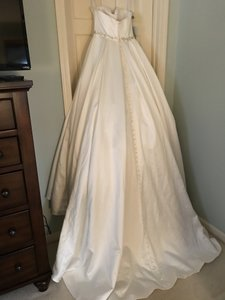 Ivory/Silver Satin Melissa Traditional Wedding Dress Size 8 (M)
