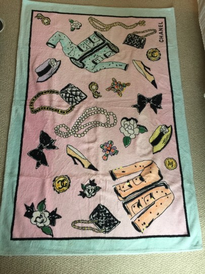 Chanel Chanel Pink Beach Towel 1996 - RARE Image 2