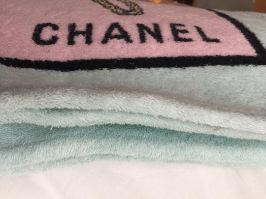 Chanel Chanel Pink Beach Towel 1996 - RARE Image 5