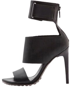 Tibi Black Pumps