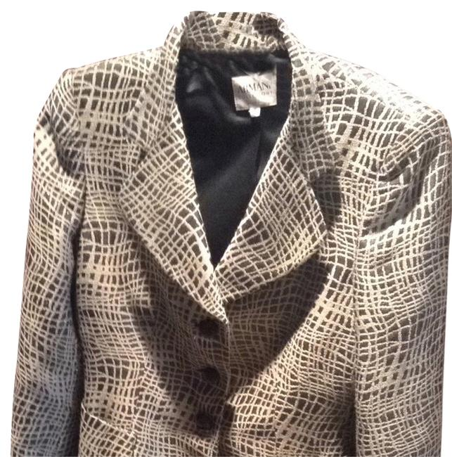 Preload https://item3.tradesy.com/images/armani-collezioni-black-and-grey-jacket-skirt-suit-size-6-s-2271707-0-0.jpg?width=400&height=650