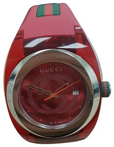 Gucci NWT Red Gucci Sync Watch