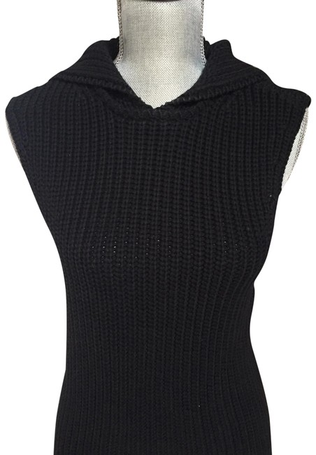 Preload https://img-static.tradesy.com/item/22718519/alc-black-elsee-hooded-sleeveless-sweaterpullover-size-2-xs-0-1-650-650.jpg