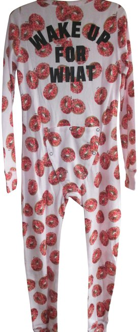 Preload https://img-static.tradesy.com/item/22720134/victoria-s-secret-pink-holiday-onesie-button-down-top-size-12-l-0-1-650-650.jpg
