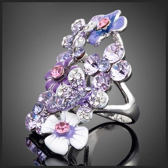 Other Swarovski Crystals The Lundy Flower Statement Ring S11 Image 1