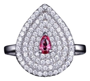 Other Swarovski Crystals The Camara Teardrop Pink Ring S19