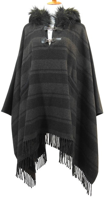 Item - Gray Faux Fur Trim Hooded Poncho/Cape Size 10 (M)