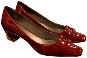 Circa Joan & David Patent Leather Dark red Pumps