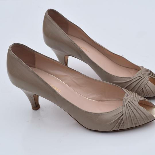 Loeffler Randall cream-light gray Pumps Image 2