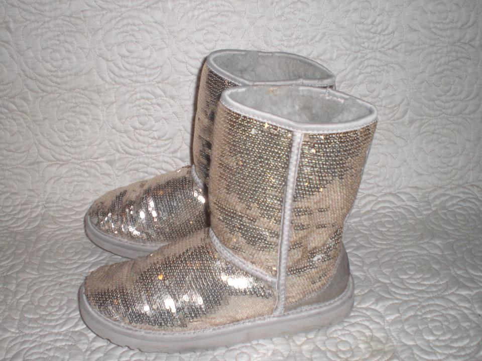 3214f340fac UGG Australia Gold 3161 Sparkle Sequin Classic Short Womens Boots/Booties  Size US 7 Regular (M, B)