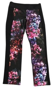 Lululemon Root Chakra Spring has sprung floral Crops