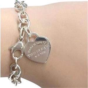 Tiffany & Co. GORGEOUS!! Tiffany & Co. Return to Tiffany Heart Tag Bracelet