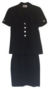 Albert Nipon Skirt Suit Short Sleeve Button Jacket