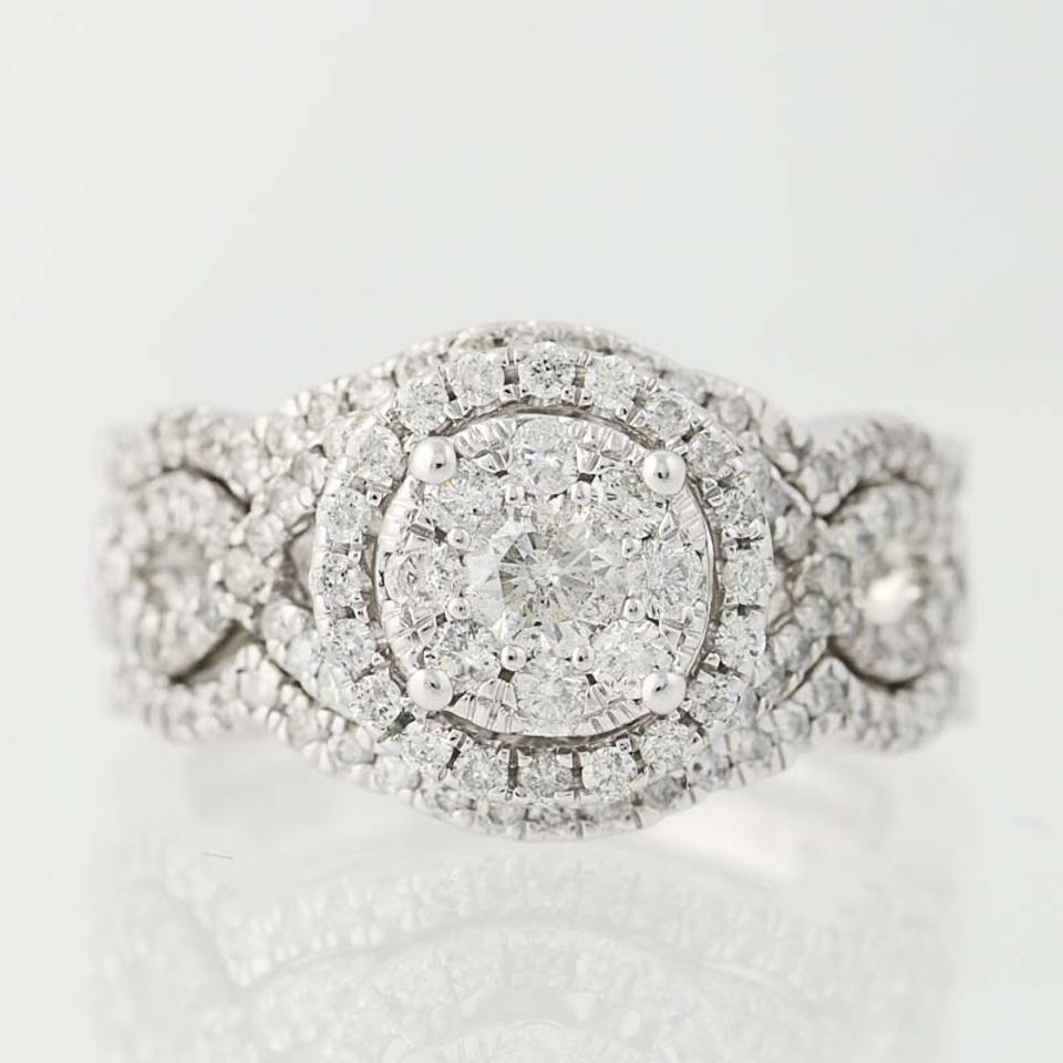false scale zoom bee upscale chaumet my ring product editor engagement the shop diamond love jewellery crop subsampling