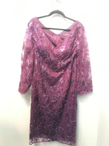 Jasmine Bordeaux Caroline Sequin Lace with Stretch Lining M190011 Formal Bridesmaid/Mob Dress Size 14 (L)