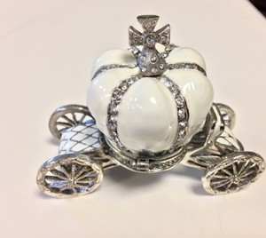 White with Silver Cinderella Carriage /Table Decor Or Bridesmaid Gift Wedding Favors