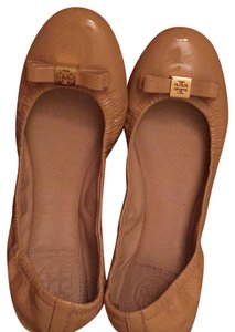 Tory Burch tan or nude Flats