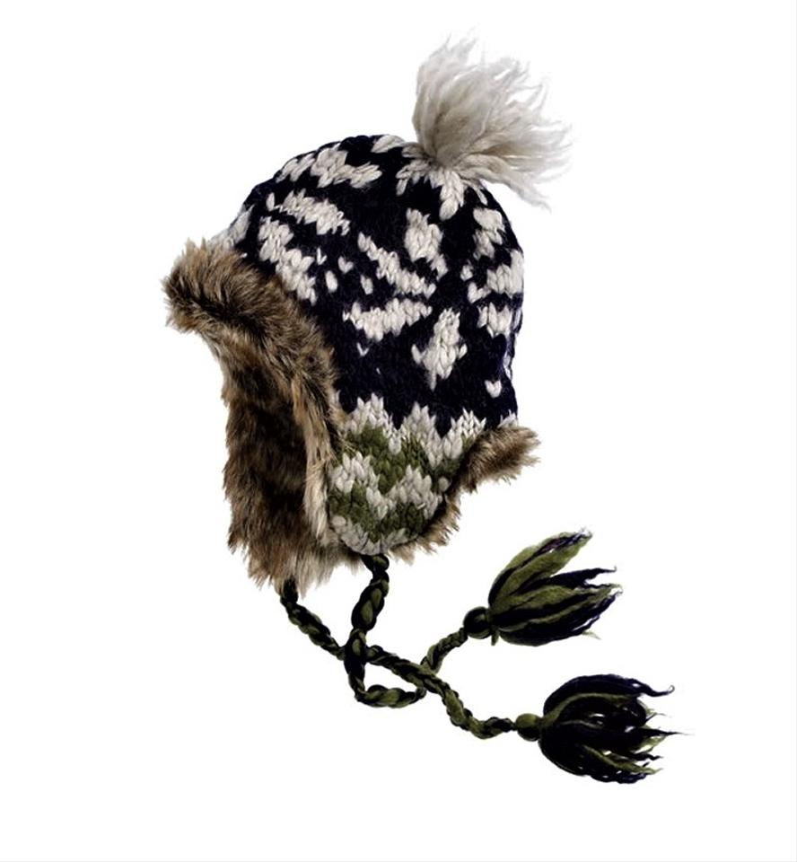 f49702d1c American Eagle Outfitters Multi Color Winter Print Fur Trapper With Faux  Plush Nwot Unworn Hat