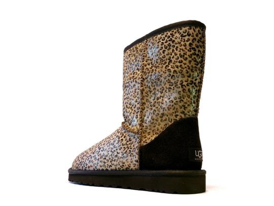 Ugg Boots Diffe Colours