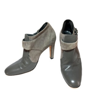 Manolo Blahnik Leather Suede Two-toned Womens Designer Grey Boots