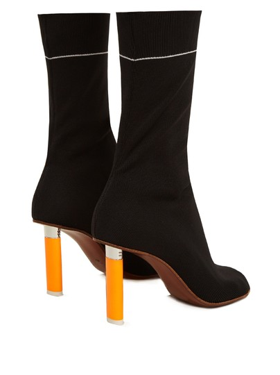 vetements black Boots Image 2
