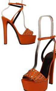6556c7ba28b Women s Orange Gucci Shoes - Up to 90% off at Tradesy