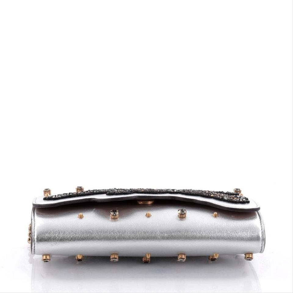 Gucci Broadway Tiger Chain Clutch Embellished Mini Silver Leather ... 436de125a4529