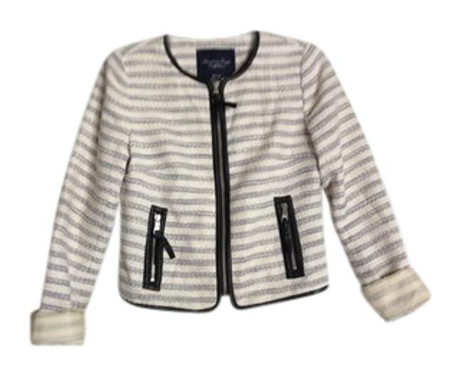 Preload https://item1.tradesy.com/images/american-eagle-outfitters-pinstripe-blazer-size-2-xs-2273405-0-0.jpg?width=400&height=650