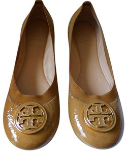 Tory Burch Leather Size 8.5 Sand Sandals