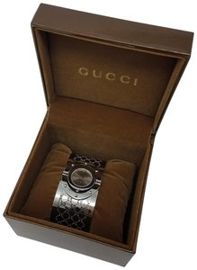 Gucci Stainless steel 33mm Gucci Twirl perforated GG logo watch