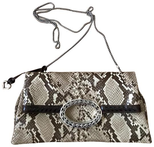 Preload https://img-static.tradesy.com/item/22737010/brighton-flap-with-silver-chain-tan-and-brown-python-skin-leather-cross-body-bag-0-1-540-540.jpg