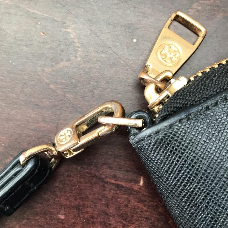 Tory The Logo Coming On Wristlet Wear Black Tarnish Of The One On and Off with Side Burch T FqxBOFr