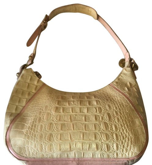 Preload https://img-static.tradesy.com/item/22740051/brahmin-croc-embossed-hoboshoulder-toasted-almond-leather-hobo-bag-0-1-540-540.jpg
