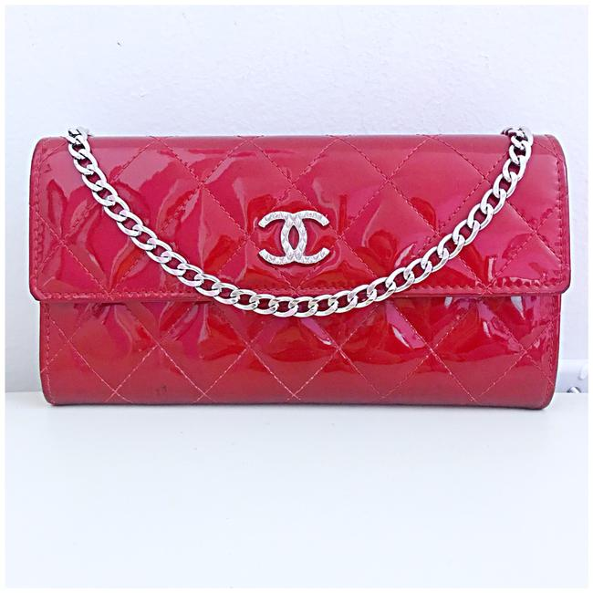 Item - Classic Flap Brilliant Wallet with Chain Added Red Patent Leather Clutch
