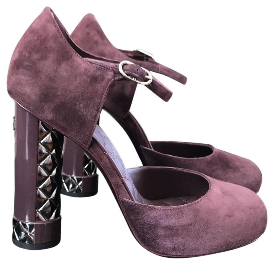 503912b93dd4 Chanel Purple Dark Suede Classic Quilted Pumps Size EU 38 (Approx ...
