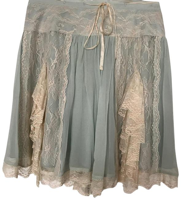 Item - This Is Flawless and Stored In Smoke Free House. Skirt Size 0 (XS, 25)