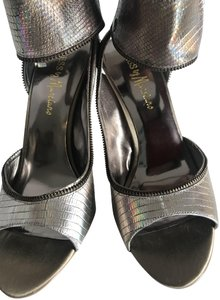 Guess By Marciano Silver/Bronze/Iridescent - Gold Heel Pumps