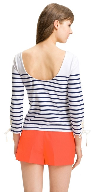 Preload https://item4.tradesy.com/images/juicy-couture-whiteblue-tee-shirt-size-0-xs-2274723-0-0.jpg?width=400&height=650